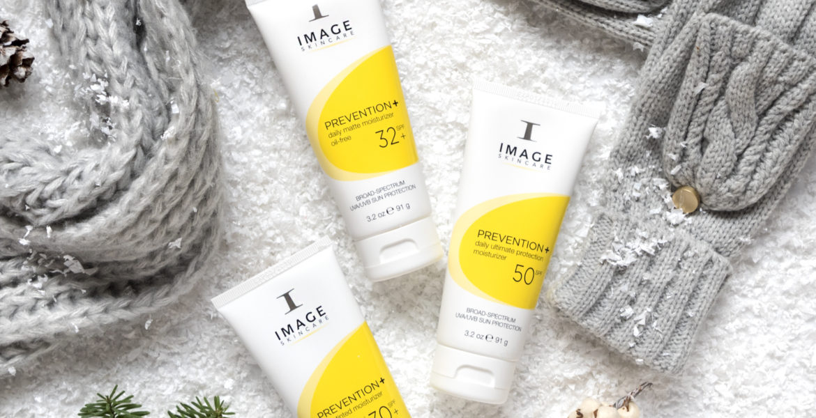 3 Convincing Reasons to Use Sunscreen in the Winter (Every Single Day)